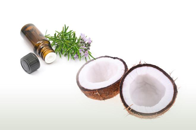 Маска из масла розмарина и кокоса для роста волос
